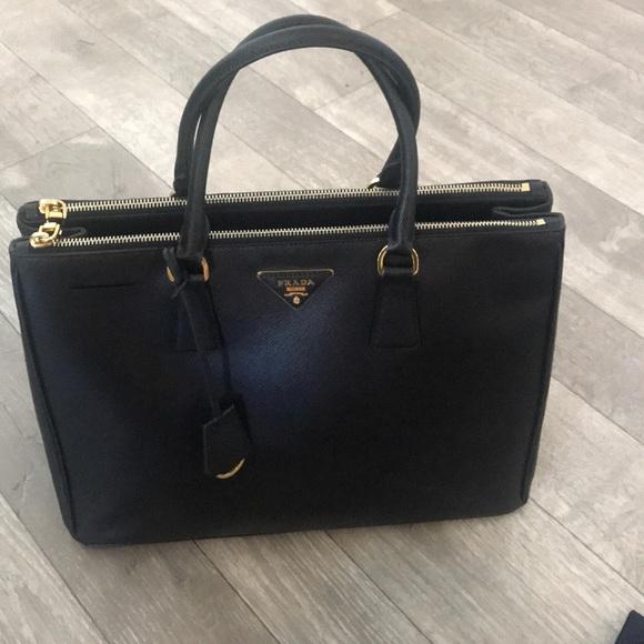 5836fa1670c6 Prada Galleria Saffiano Medium Tote Bag Black. M_5bfc2eb1df030784abde5797
